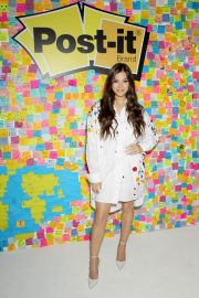 Hailee Steinfeld at Post-it's Inspire Students to Make Dreams Stick in New York 2018/07/23 5