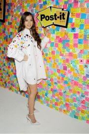 Hailee Steinfeld at Post-it's Inspire Students to Make Dreams Stick in New York 2018/07/23 7