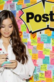 Hailee Steinfeld at Post-it's Inspire Students to Make Dreams Stick in New York 2018/07/23 8