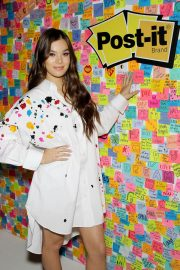 Hailee Steinfeld at Post-it's Inspire Students to Make Dreams Stick in New York 2018/07/23 9