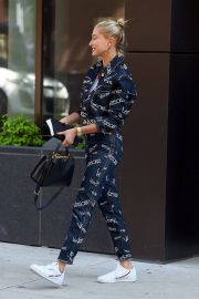 Hailey Baldwin Out and About in New York 2018/07/05 4