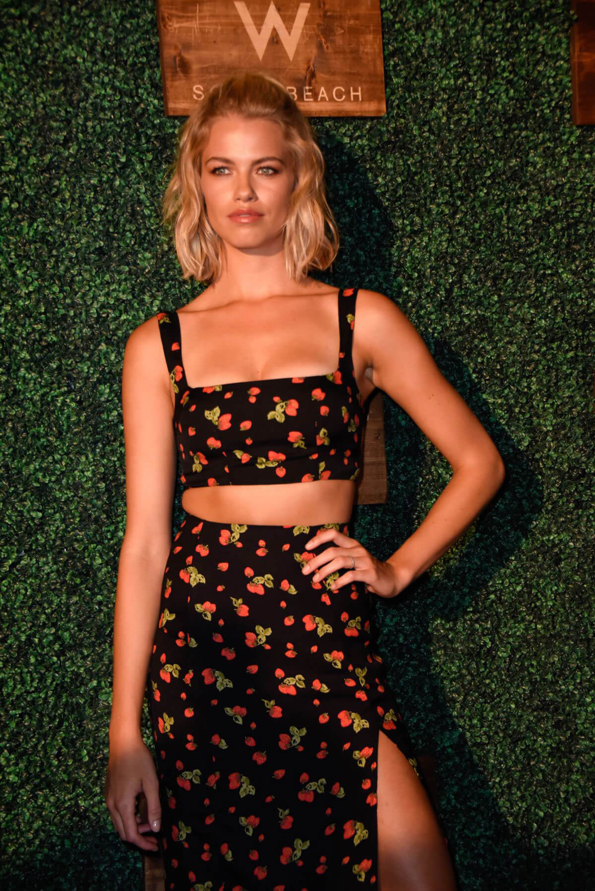 Hailey Clauson at 2018 Sports Illustrated Swimsuit Show at Miami Swim Week 2018/07/15 1