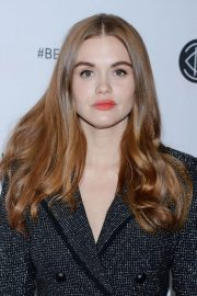Holland Roden at Los Angeles Beautycon Festival 2018/07/14 2