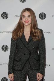 Holland Roden at Los Angeles Beautycon Festival 2018/07/14 12