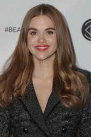 Holland Roden at Los Angeles Beautycon Festival 2018/07/14 13