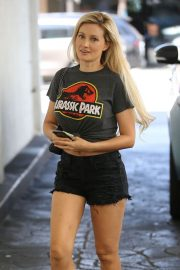Holly Madison Out in Los Angeles 2018/06/29 13
