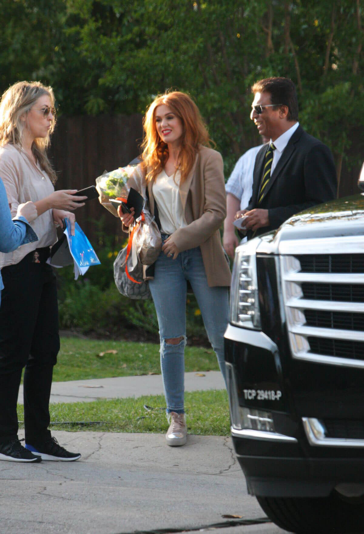 Isla Fisher Arrives on the Set The Starling in Studio City 2018/05/21 1
