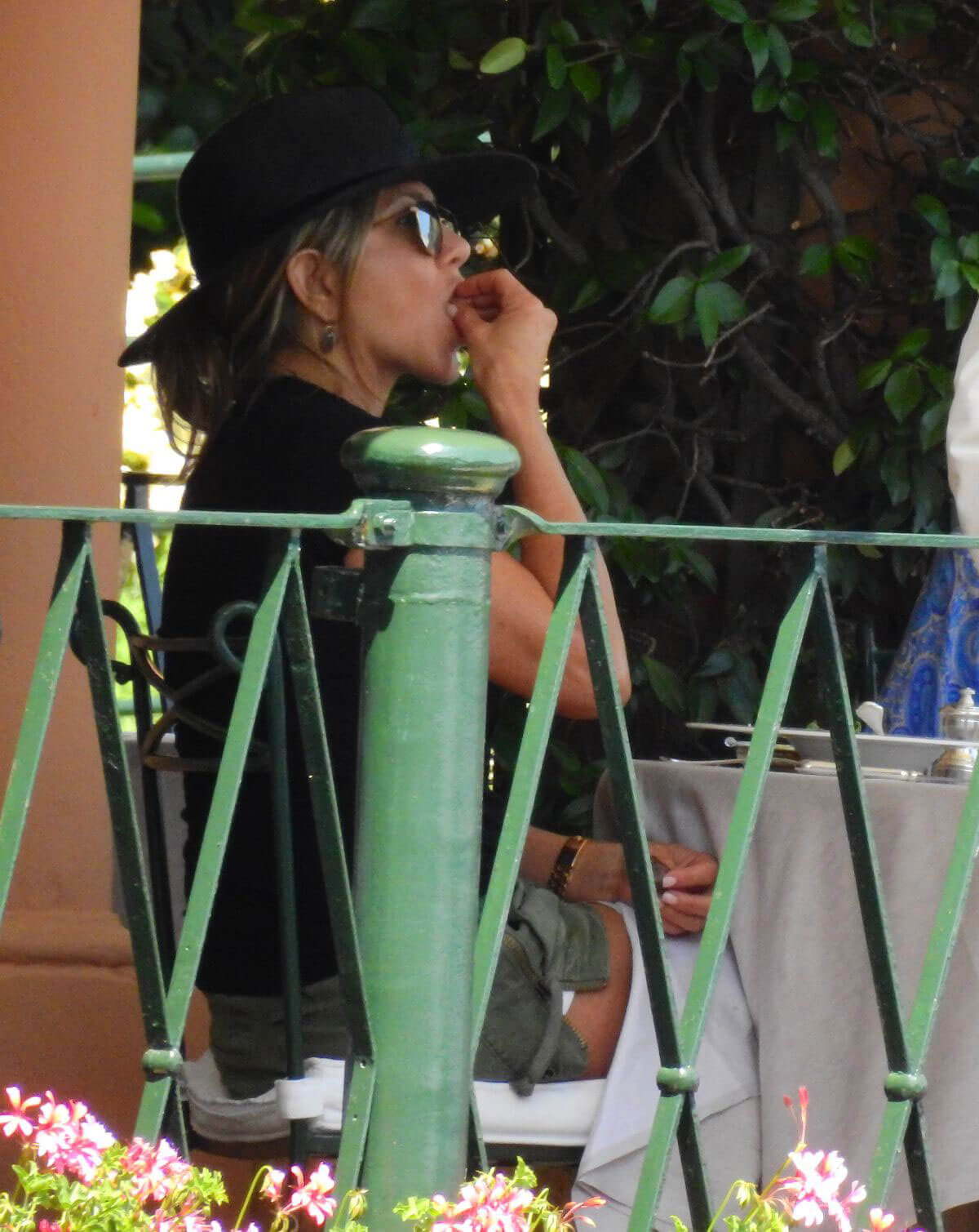 Jennifer Aniston Out for Lunch in Portofino 2018/07/21 1