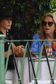 Jennifer Aniston Out for Lunch in Portofino 2018/07/21 5