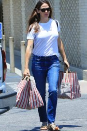 Jennifer Garner Out and About in Brentwood 2018/07/03 5