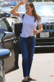 Jennifer Garner Out and About in Brentwood 2018/07/03 12