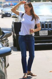 Jennifer Garner Out and About in Brentwood 2018/07/03 13