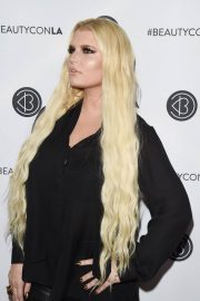 Jessica Simpson at Los Angeles Beautycon Festival 2018/07/14 9