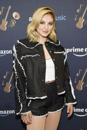 Julia Michaels at Amazon Music Unboxing Prime Day in Brooklyn 2018/07/11 5