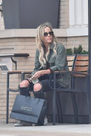 Julie Benz Shopping at Barneys New York in Beverly Hills 2018/05/24 1