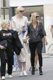 Kate Moss Kelly Osbourne and Gwendoline Christie in Paris 2018/06/24 14