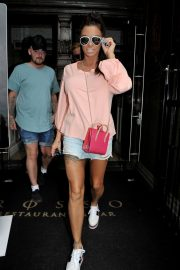 Katie Price and Kris Boyson Shopping at Harvey Nichols and Selfridges in Manchester 2018/07/28 2