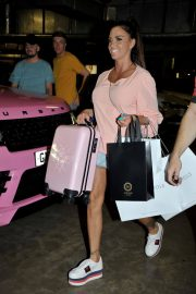Katie Price and Kris Boyson Shopping at Harvey Nichols and Selfridges in Manchester 2018/07/28 4