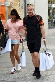 Katie Price and Kris Boyson Shopping at Harvey Nichols and Selfridges in Manchester 2018/07/28 13