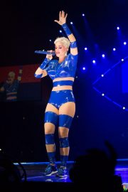 Katy Perry Performs at a Concert in Adelaide 2018/07/28 19