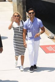 Kelly Ripa and Mark Consuelos at Comic-con in San Diego 2018/07/21 2