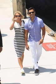 Kelly Ripa and Mark Consuelos at Comic-con in San Diego 2018/07/21 10