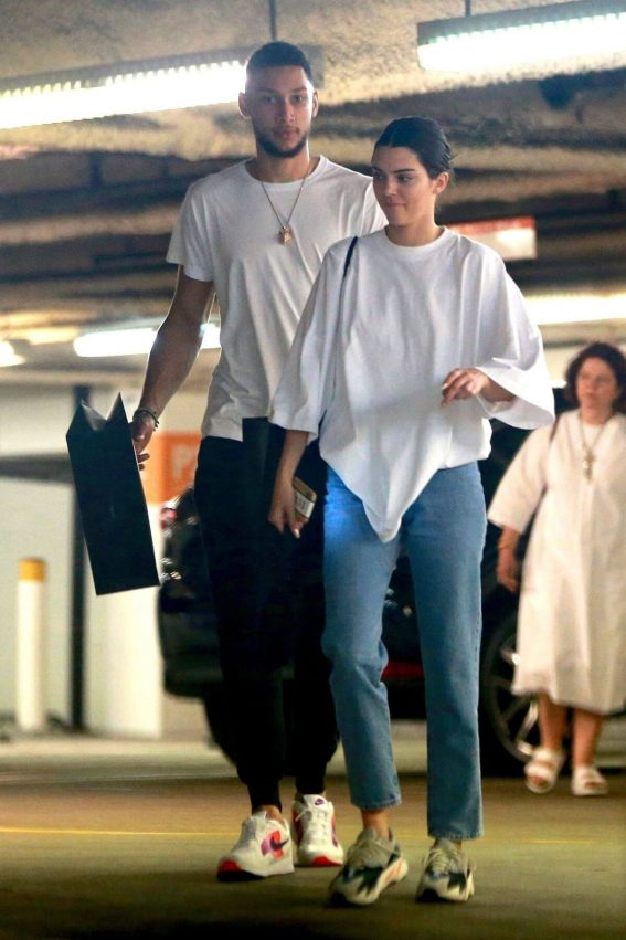 Kendall Jenner and Ben Simmons Shopping at Barney's New York in Beverly Hills 2018/06/12 1