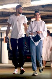 Kendall Jenner and Ben Simmons Shopping at Barney's New York in Beverly Hills 2018/06/12 8