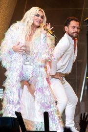 Kesha Performs at Ruoff Home Mortgage Music Center in Noblesville 2018/07/19 8