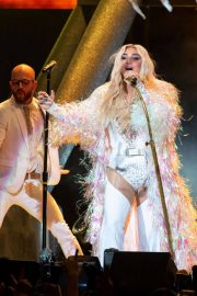 Kesha Performs at Ruoff Home Mortgage Music Center in Noblesville 2018/07/19 12