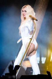 Kesha Performs at Ruoff Home Mortgage Music Center in Noblesville 2018/07/19 13