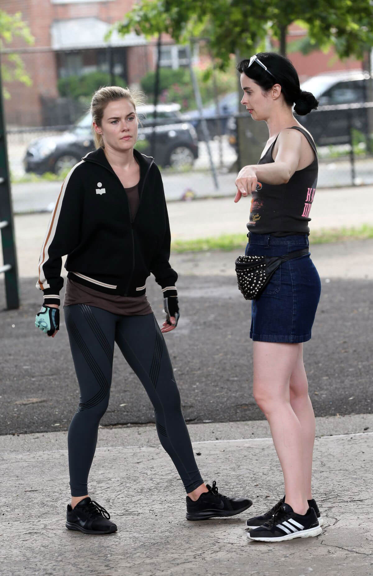 Krysten Ritter and Rachel Taylor Filming Jessica Jones Season 3 in Queens 2018/07/05 1
