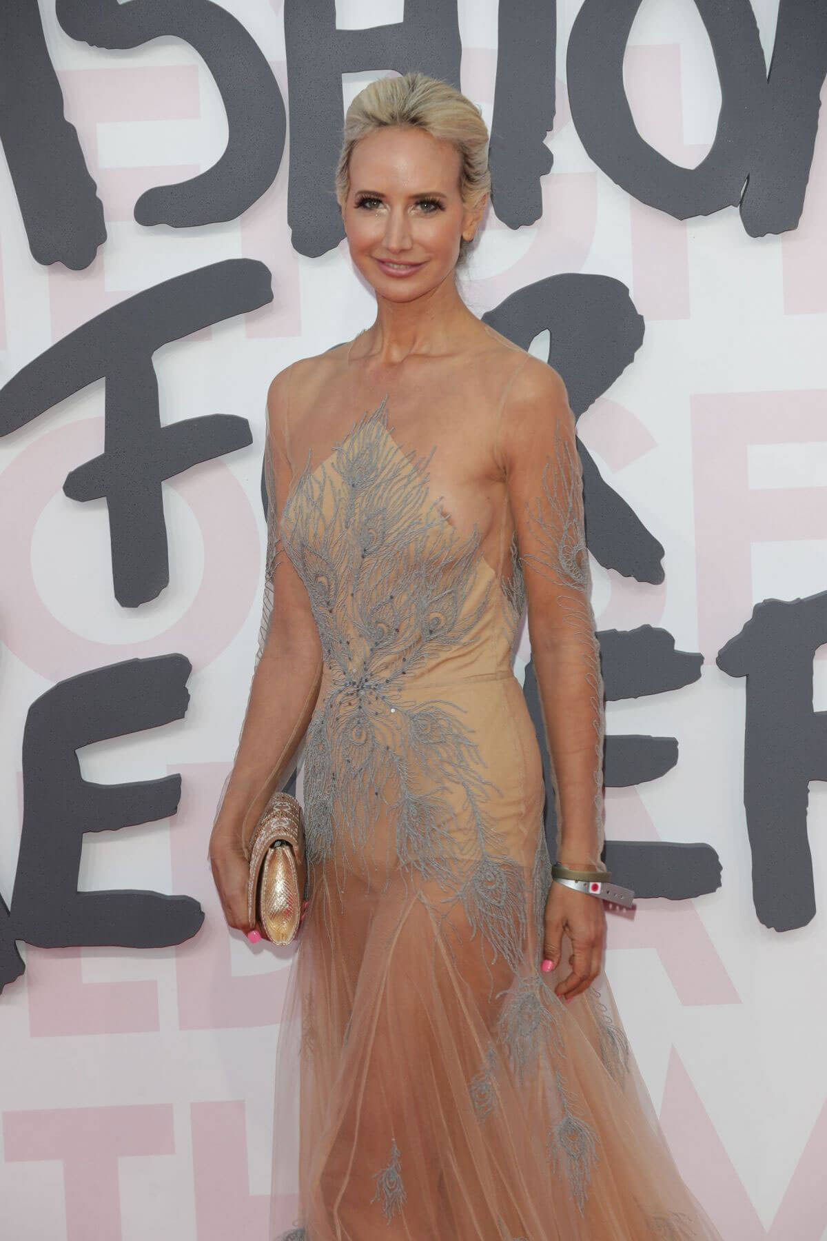 Lady Victoria Hervey at Fashion for Relief at 2018 Cannes Film Festival 2018/05/13 1