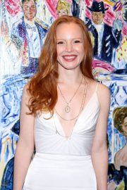 Lauren Ambrose at broadway.com Audience Choice Awards Winners Cocktail Party in New York 2018/05/24 3