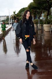 Liliana Nova Out on Croisette in Cannes 2018/05/13 5