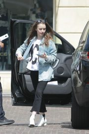 Lily Collins Arrives at Peninsula Hotel in Beverly Hills 2018/05/22 6