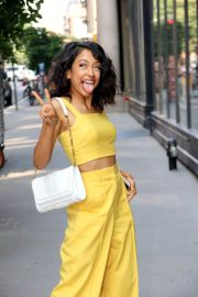 Liza Koshy Out in New York 2018/07/16 6