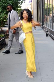 Liza Koshy Out in New York 2018/07/16 12