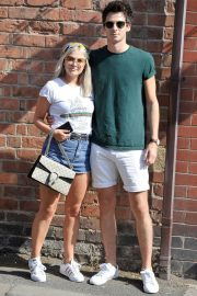 Lucy Fallon Out and About in Lancashire 2018/07/27 2
