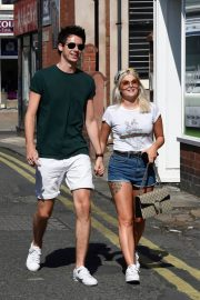 Lucy Fallon Out and About in Lancashire 2018/07/27 10