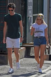 Lucy Fallon Out and About in Lancashire 2018/07/27 12