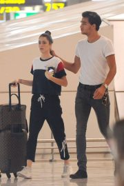 Martina Stoessel and Pepe Barros at Airport in Madrid 2018/07/04 4