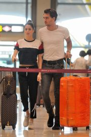 Martina Stoessel and Pepe Barros at Airport in Madrid 2018/07/04 9