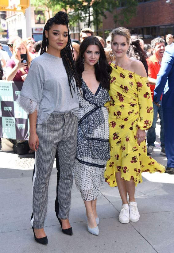 Meghann Fahy Katie Stevens and Aisha Dee at Good Morning America in New York 2018/06/12 1