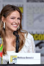 Melissa Benoist at Supergirl Panel at Comic-con in San Diego 2018/07/21 1