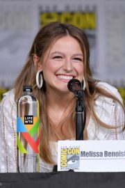 Melissa Benoist at Supergirl Panel at Comic-con in San Diego 2018/07/21 2