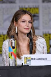 Melissa Benoist at Supergirl Panel at Comic-con in San Diego 2018/07/21 4