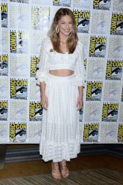 Melissa Benoist at Supergirl Press Line at Comic-con in San Diego 2018/07/21 5