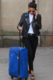 Michelle Keegan at Piccadilly Train Station in Manchester 2018/05/17 7