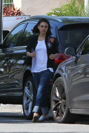 Mila Kunis Out and About in Los Angeles 2018/05/23 8